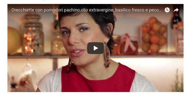 Orecchiette con pomodori pachino, olio extravergine, basilico fresco e pecorino